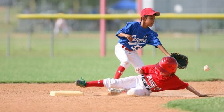 6 Best Baseball Glove For 9, 10 And 11 Year Old Kids