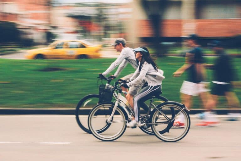 10 Safety Tips on Riding Bicycle on Road for Teens or kids